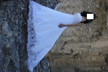 Magnifique robe de mariée d'occasion avec traine collection 2012