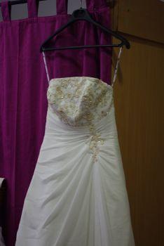 Robe de mariée pas cher T40 écrue Alsace 2012 - Occasion du mariage