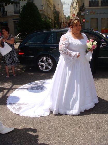 robe de mariée grande taille pas cher d'occasion 2012 - Rhône Alpes - Loire - Occasion du Mariage