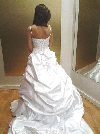 Robe de mariée princesse Demetrios modèle 2845 Neuve