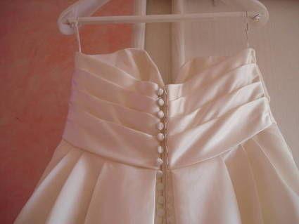 Robe de mariée Neuve Pronovias Fukien T40 pas cher 2012 - Occasion du Mariage
