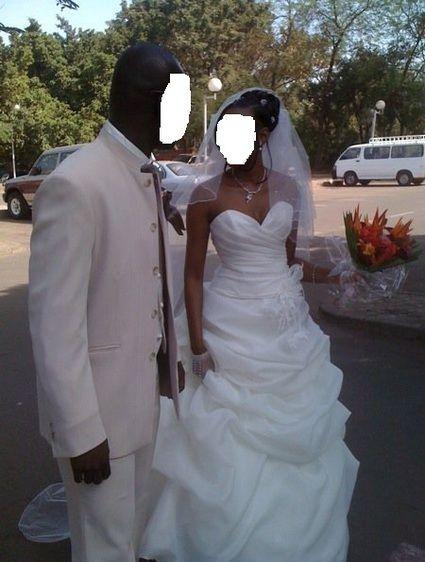 Robe de mariée pas cher Alexis Mariage 2012 - Occasion du mariage