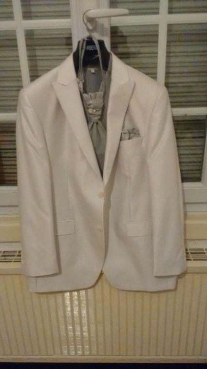 Costume de marié d'occasion blanc et gris taille L Guy Laurent - Nord