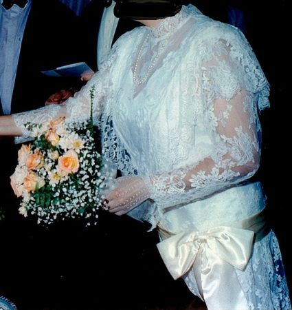Robe de mariée d'occasion T44 couleur champagne style années 30