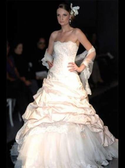 robe de mariée ian stewaert pas cher d'occasion 2012 - Languedoc Roussillon - Aude - Occasion du Mariage