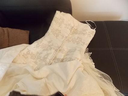 Robe de mariée Pronovias avec jupon pas cher en 2013