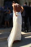 Robe de mariée jeune créatrice avec beau décolleté dans le dos