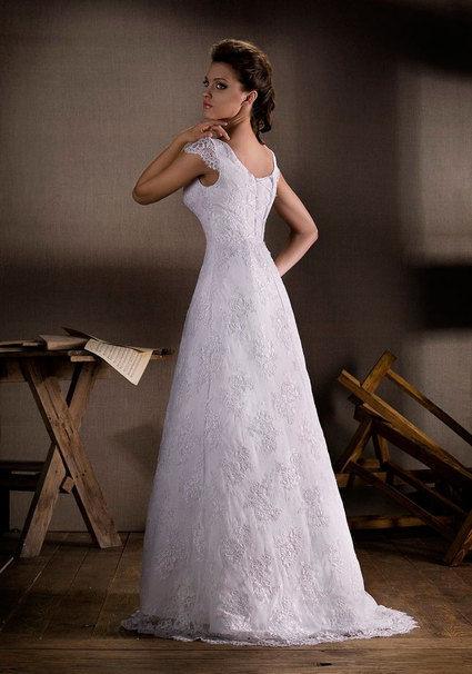 robe de mari e d 39 occasion avec bol ro. Black Bedroom Furniture Sets. Home Design Ideas