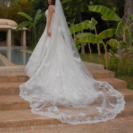 Elie saab robe de mariage paris for Robes de mariage ellie saab