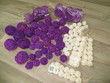 Boules rotin violettes et blanches - Occasion du Mariage
