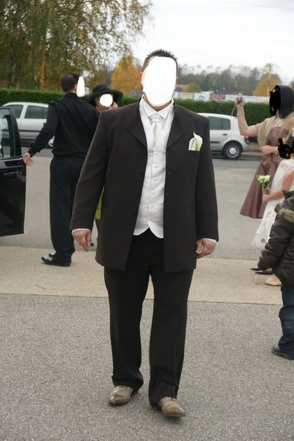 Costume de marié grande taille marron ivoire d'occasion en 2013
