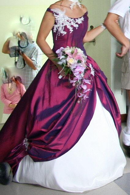 robe de mari e couleur prune t36 38 savoie haute. Black Bedroom Furniture Sets. Home Design Ideas