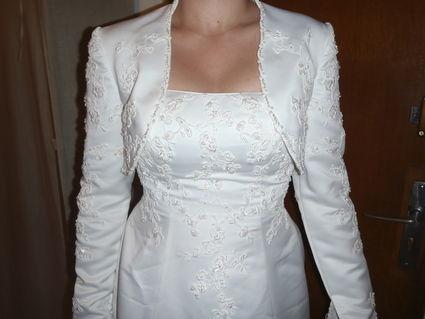 Robe de mariée pas cher avec boléro d'occasion 2012 - Occasion du mariage