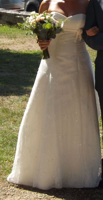 robe de mariée bustier avec traîne - Bouches du Rhône