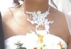 Collier de mariée couleur blanc/ivoire et orné de perles - Occasion du Mariage