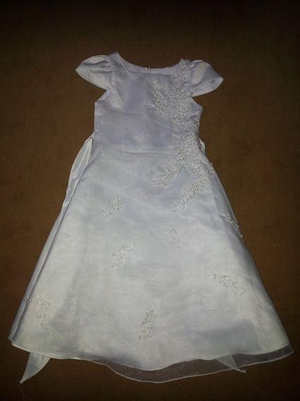 Robe de cérémonie blanche taille 6 ans