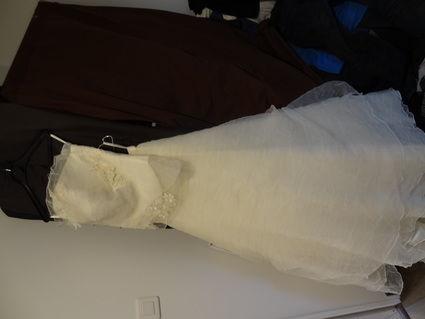 Robe de mariée d'occasion collection Une Fille à Marier T38/40 avec étole et jupon