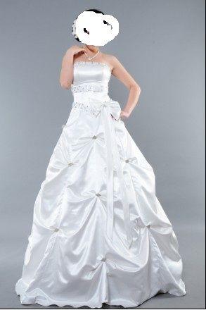 Robe de mariée princesse neuve fermeture à lacets