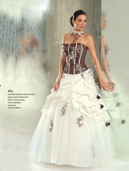 Robe mariée d'occasion ivoire/chocolat taile 48 - Pyrénées Orientales