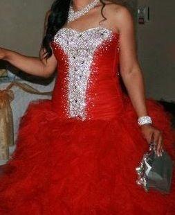 Robe de mariée rouge avec jupon intégré- Occasion du Mariage