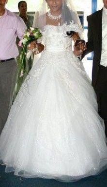 Robe de mariée Pronuptia d'occasion en soie et dentelle