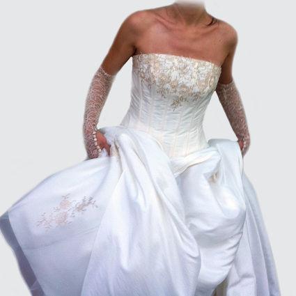 Belle Robe de mariée de chez Tati Mariage couleur ivoire