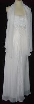 Robe de cocktail blanche avec voile - Occasion du Mariage