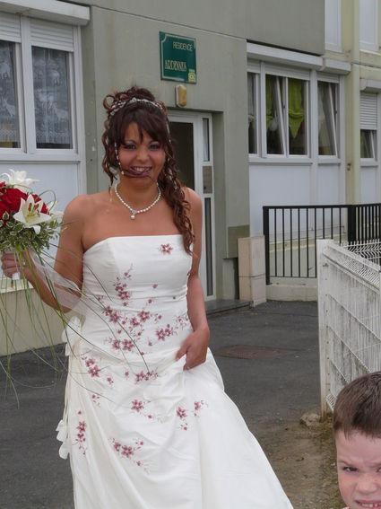 Location robe de mariée avec jupon T38/40 d'occasion
