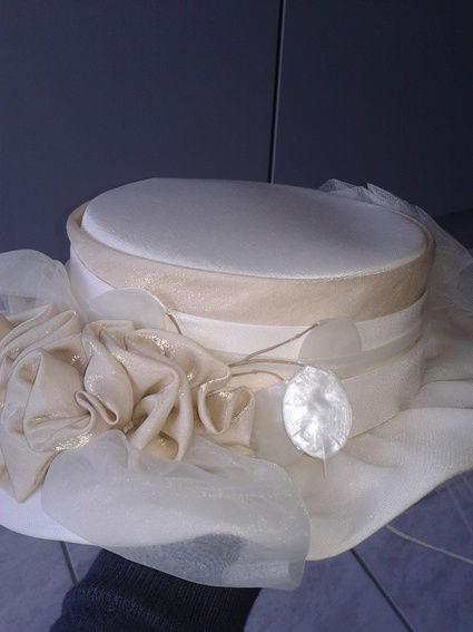 Jolie Robe de mariée Ivoire T38-40 d'occasion