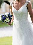 -Robe de mariée Pronuptia bretelles et dos échancré - Hauts de Seine