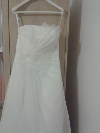 Robe de mariée Point Mariage avec chaussures, jupon et peignette