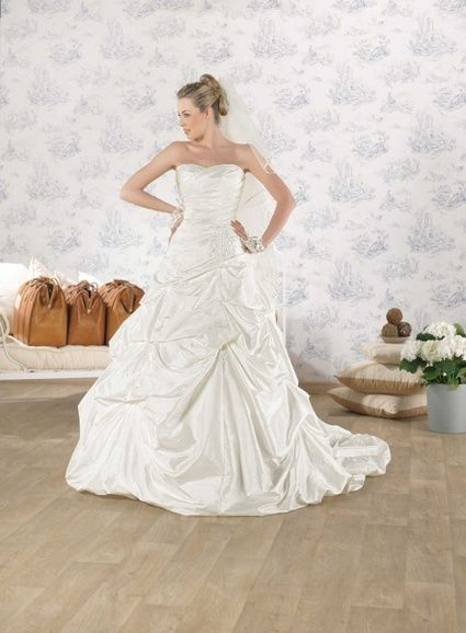 Robe Orpierre 2013 point mariage d'occasion taille 38