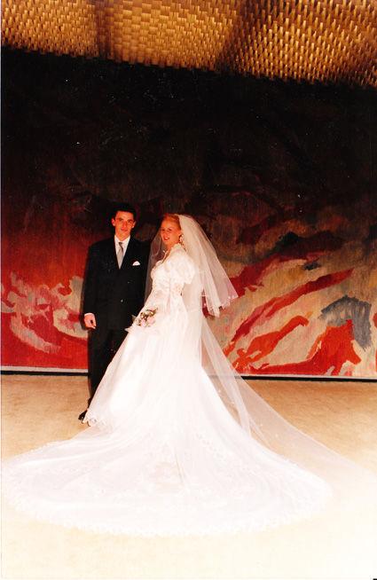 Robe de mariée Pronuptia pas cher blanche princesse - Occasion du mariage