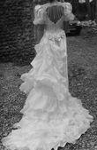 Robe de mariée Pronuptia d'occasion style Précieuse avec traîne