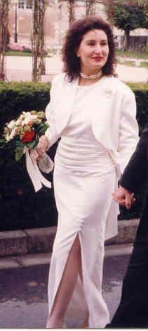 Robe de mariée sans manche blanc cassé originale et pas cher - Occasion du Mariage