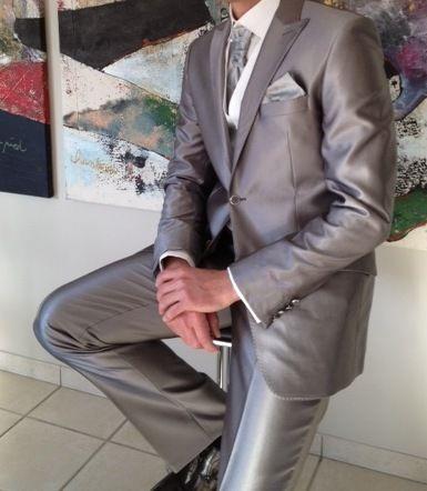 Costume de marié (pantalon + veste) neuf et pas cher 2012 - Occasion du Mariage