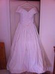 Robe de mariée de princesse avec bustier et jupon d'occasion